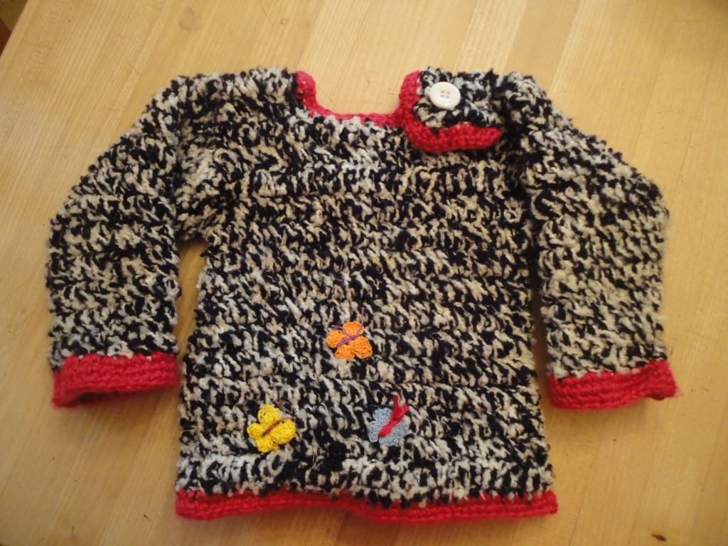 Variegated sweater with butterflies